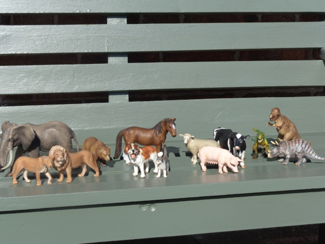 My not so teeny tiny Schleich collection - Updated 18/08  Dsc01429