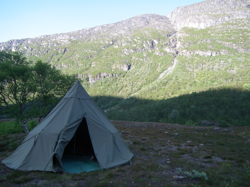 [revue matériel] les Tentes Nordisk   - Page 2 Dscf2810