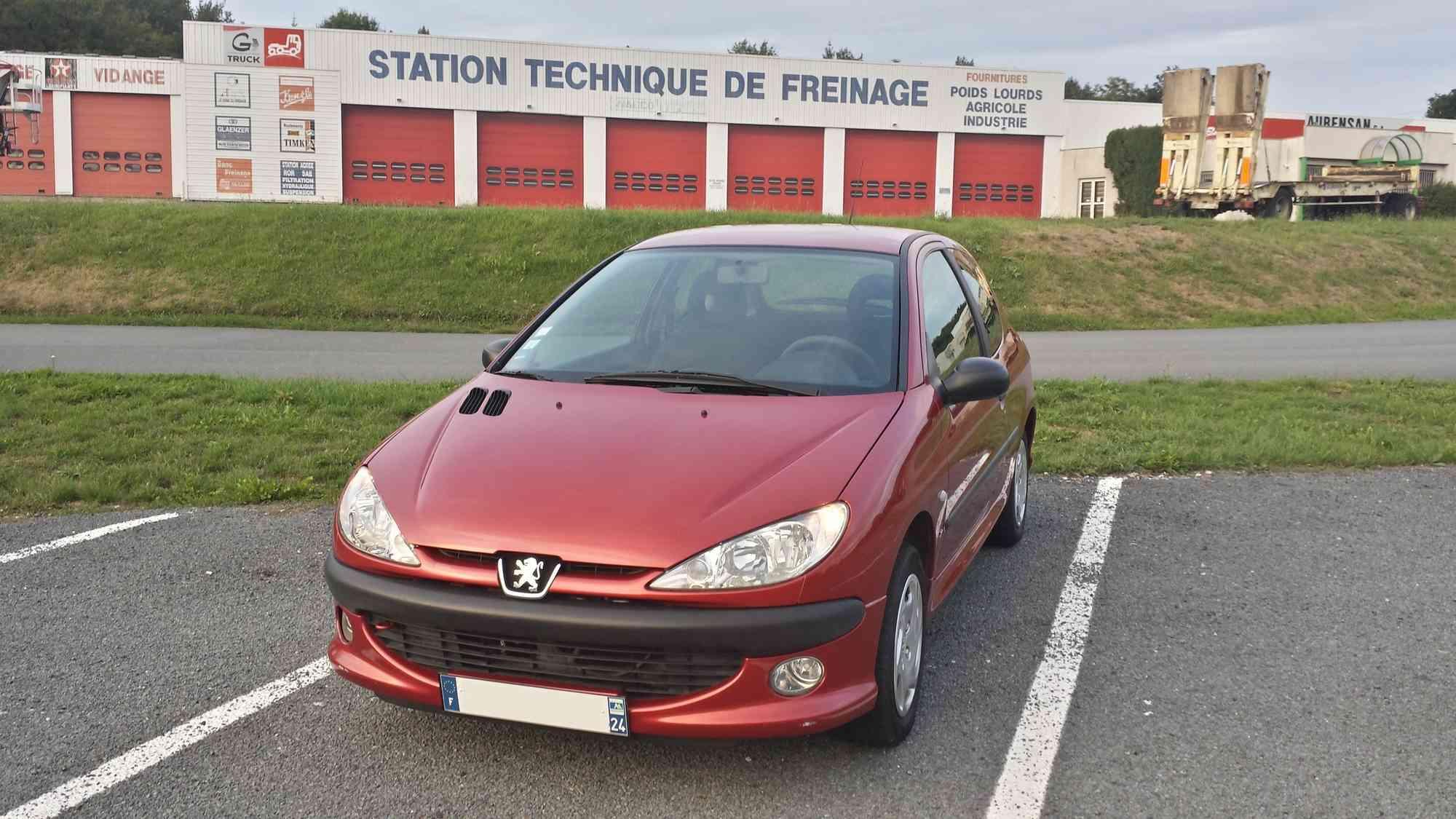 2O6 XS 1.4i 75 rouge Lucifer 1410