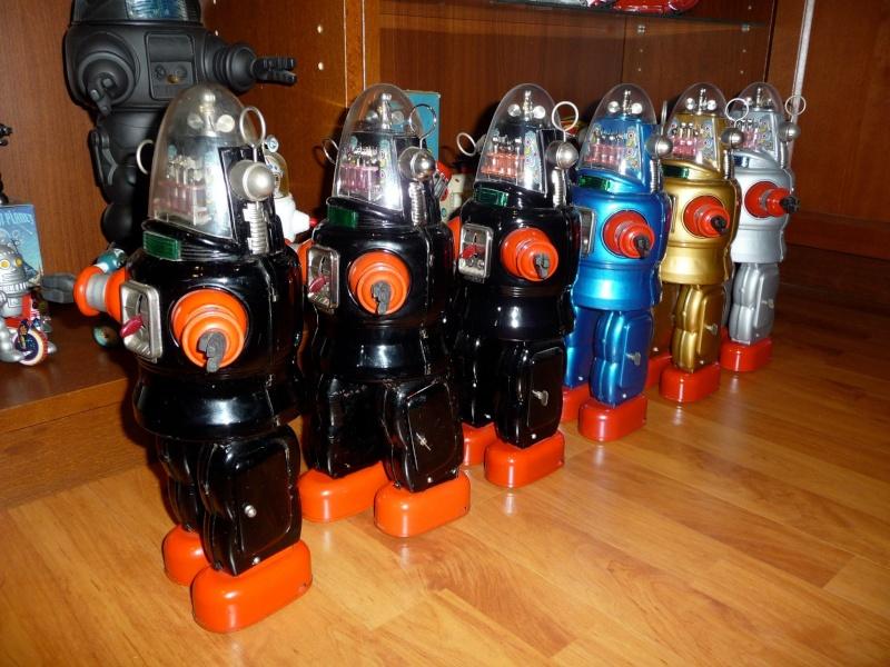 Vieux robots et spacetoys années 50 et 60 11782310