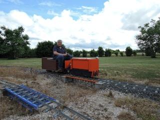 locotracteur de mines  à batteries Dscn0110