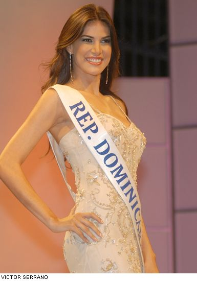 Marianne Cruz en el Miss Universo! Miss0110