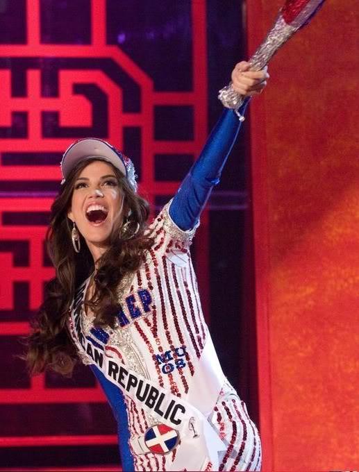 Marianne Cruz en el Miss Universo! Tra4pn10