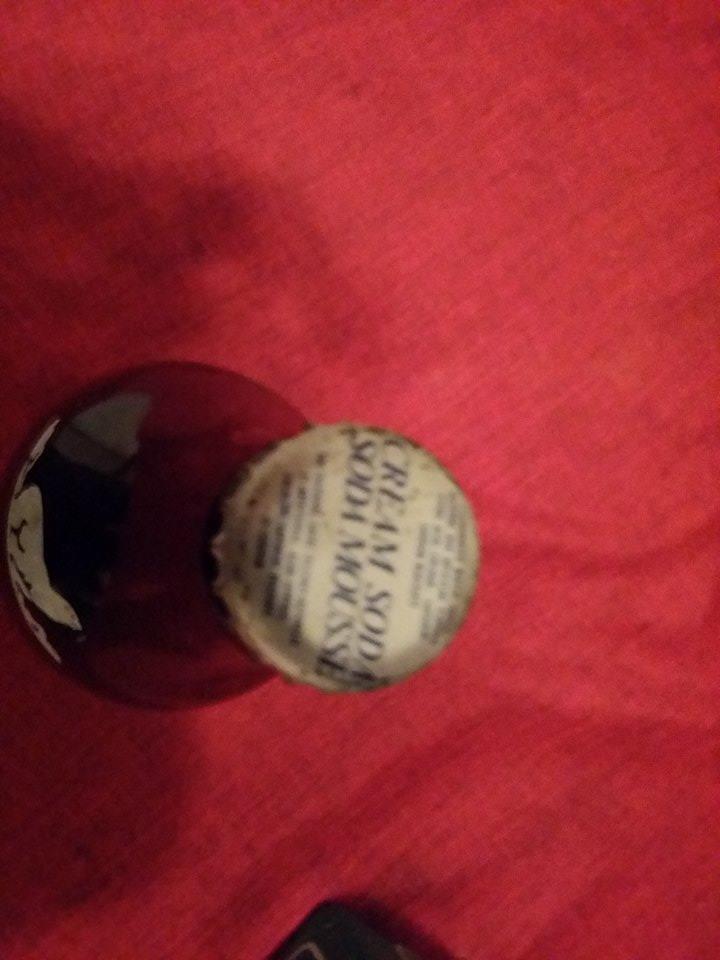 6 bouteils pleine eskimo beverage cream soda 11880110