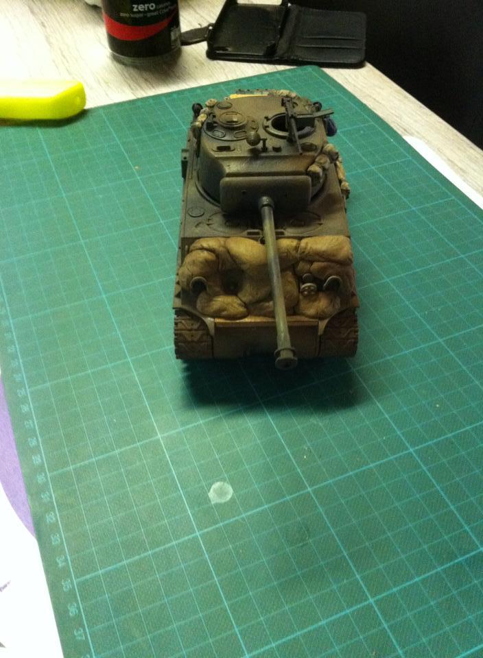 Sherman - Sherman M4A3E8 FIN DE GUERRE 11909610