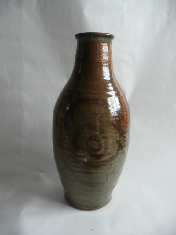 Studio Pottery Vase P1200610