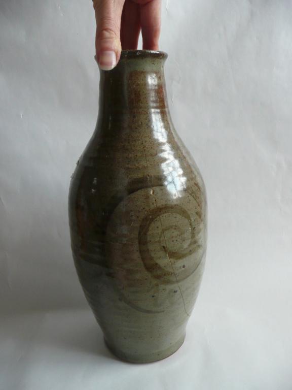 Studio Pottery Vase P1200611