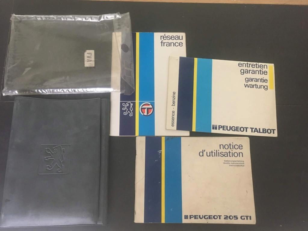 Livrets de bord 205 par millésime 93691511