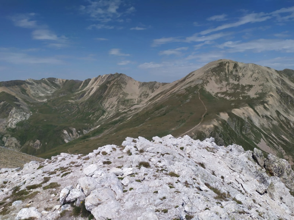 Topic:Deportes de Montaña..Escalada, Senderismo,Barranquismo....... - Página 10 Gra_de13