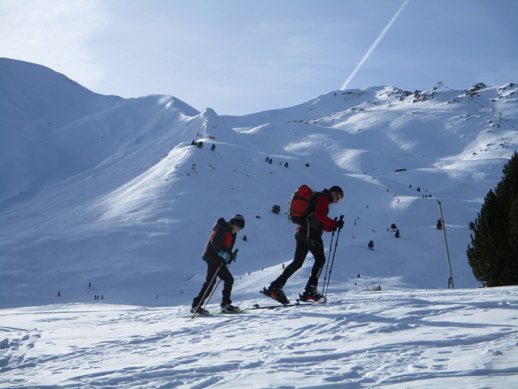 Topic:Deportes de Montaña..Escalada, Senderismo,Barranquismo....... - Página 5 Img_0611
