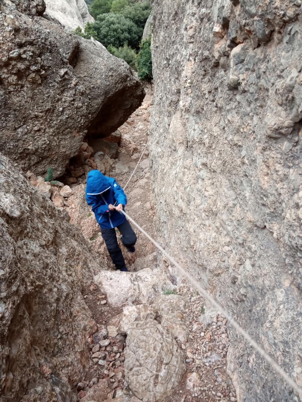 Topic:Deportes de Montaña..Escalada, Senderismo,Barranquismo....... - Página 4 Img_2023