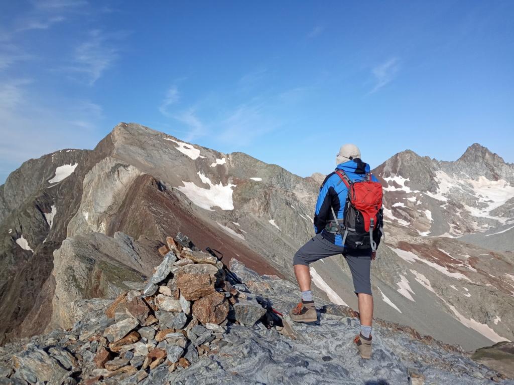 Topic:Deportes de Montaña..Escalada, Senderismo,Barranquismo....... - Página 16 Img_2050