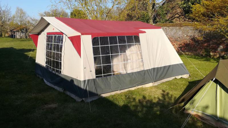 Choix tente 5 places - petit budget Tente210