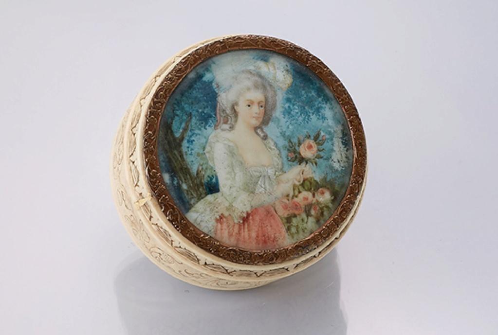 A vendre: miniatures de Marie Antoinette? - Page 8 15574710