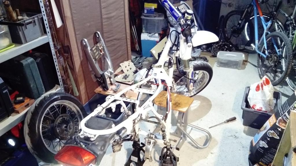 Vous rouler aussi à moto ... Montrez nous vos belles  - Page 3 432c3d10