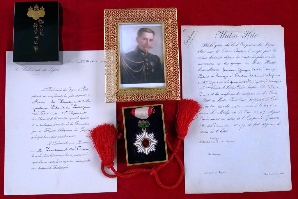 """Un lieutenant Français """"binôme"""" du prince Morimasa décoré par celui ci en 1907 6_trad10"""