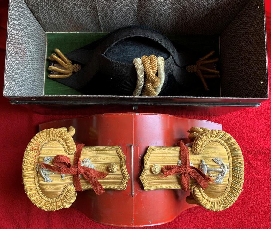 Bicorne et épaulettes de grande tenue d'officier de marine japonaise  Bicorn15