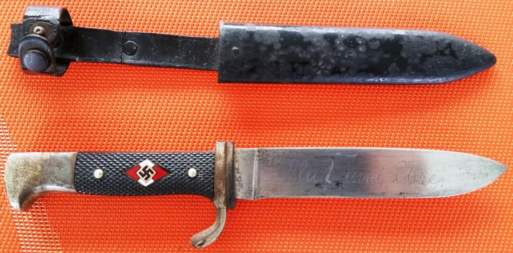 couteau de la H.J. avec devise, votre avis !!!! Coutea11