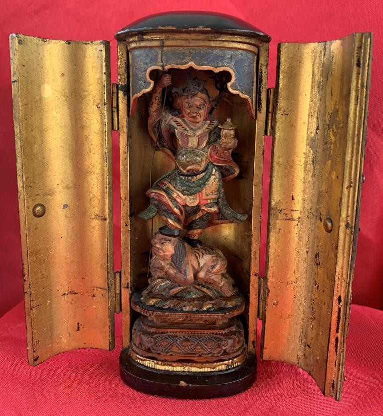 Une chapelle bouddhique portative de l'ère Edo  Img_1532