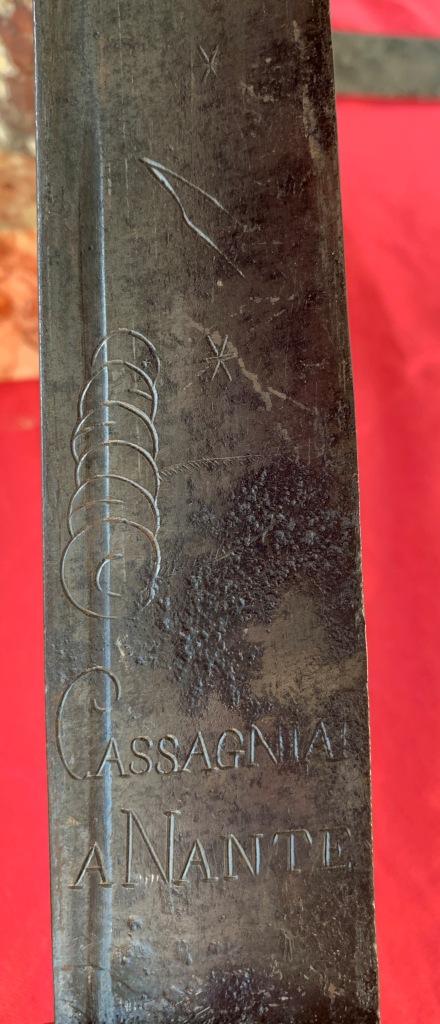 sabres (3) briquet douteux : bidouille, réemploi des lames ??? Img_1625
