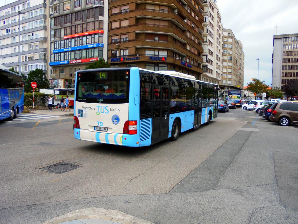 Repintado TUS Santander para man lion's city  15789811