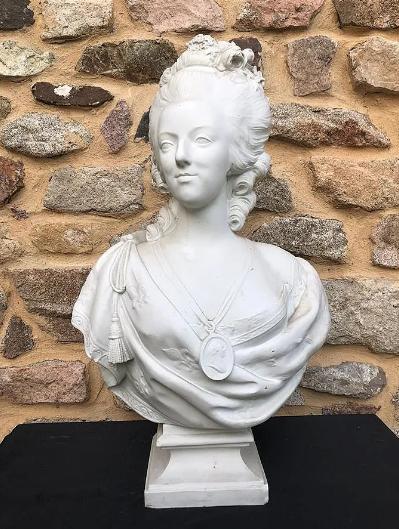 Buste de Marie-Antoinette par Jacquemin Zzzz10