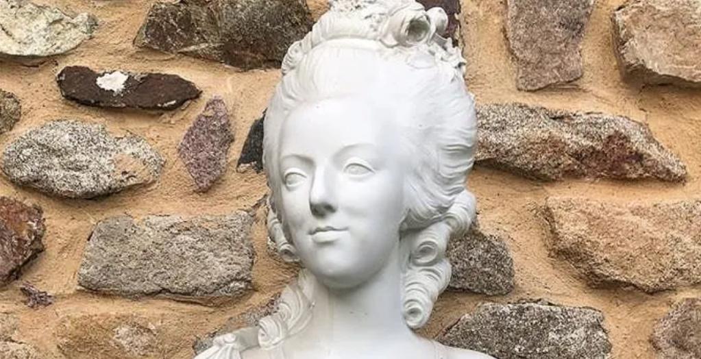 Buste de Marie-Antoinette par Jacquemin Zzzz210