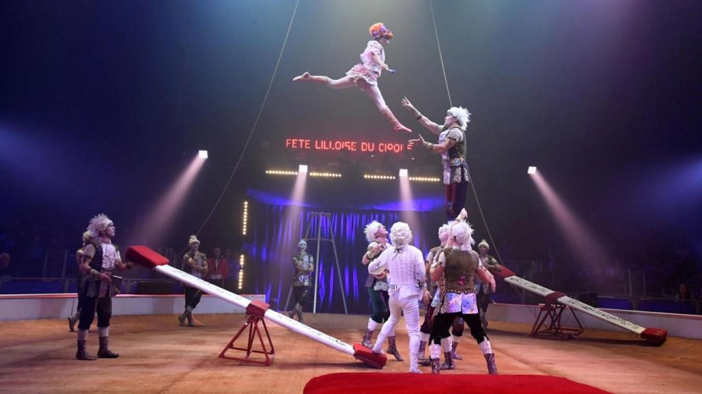 LOGISTIQUE TABAC : QUAND DES CAMIONS SONT DEVALISES EN PLEINE ROUTE Cirque10