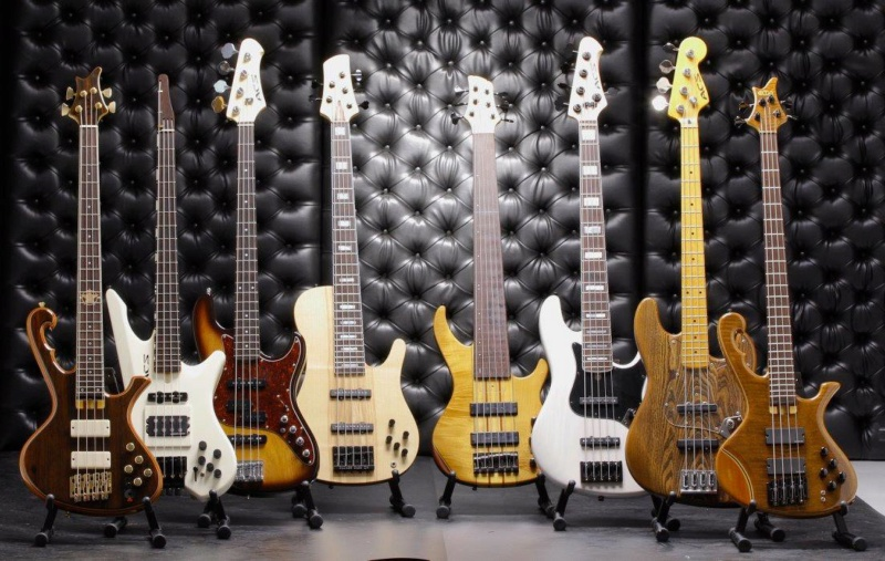 Visita à lutheria ACS (Ademir luthier) em Belo Horizonte - Página 2 411