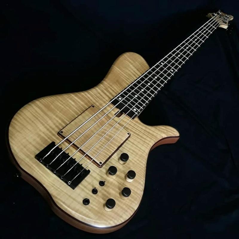Visita à lutheria ACS (Ademir luthier) em Belo Horizonte - Página 2 510