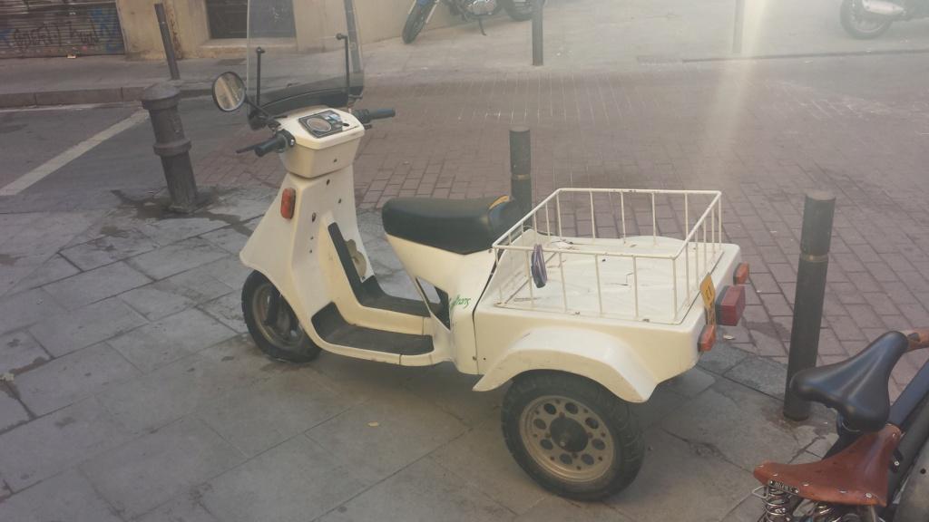 tampoco conocía este triciclo Derbi 20161210