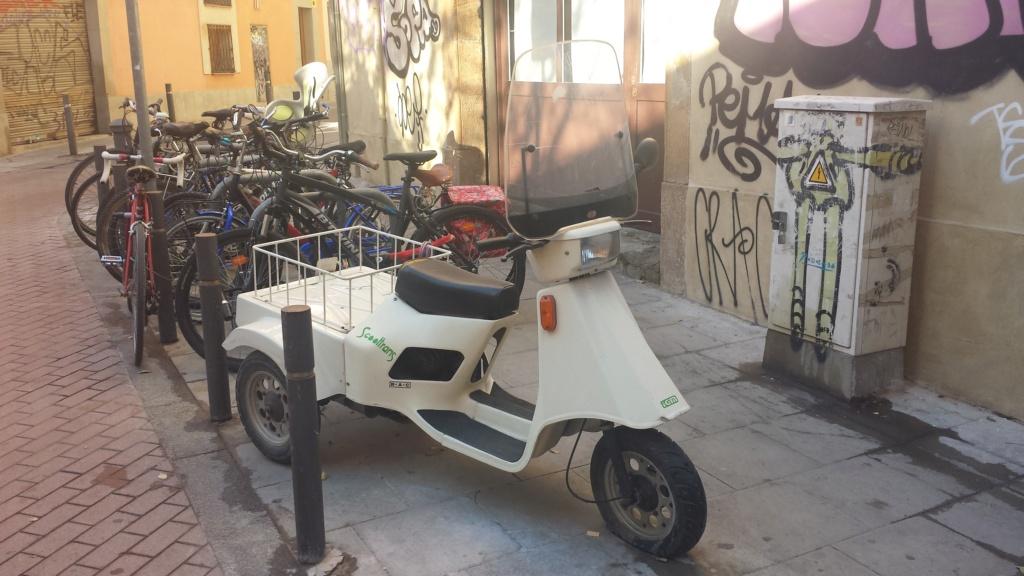 tampoco conocía este triciclo Derbi 20161211