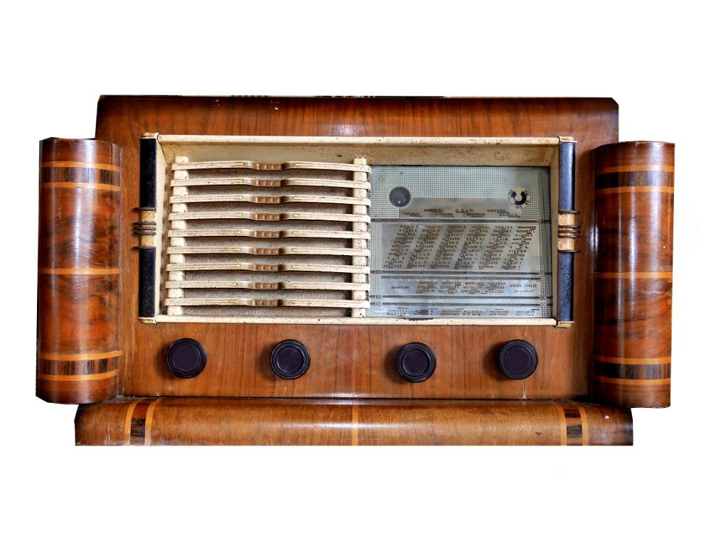 Radio... (non identifié) & TSF - Page 5 1950-m10