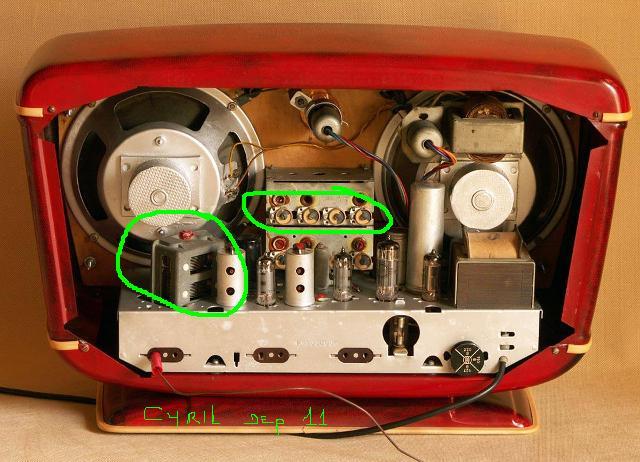 Radio... (non identifié) & TSF - Page 10 48078810