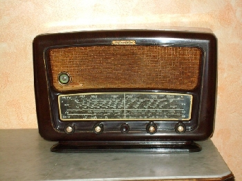 Radio... (non identifié) & TSF - Page 5 Affima10