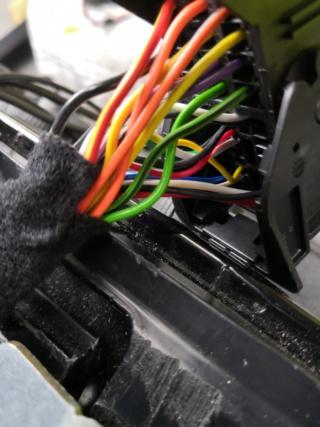 connection autoradio avec connecteur d origine Img_2019
