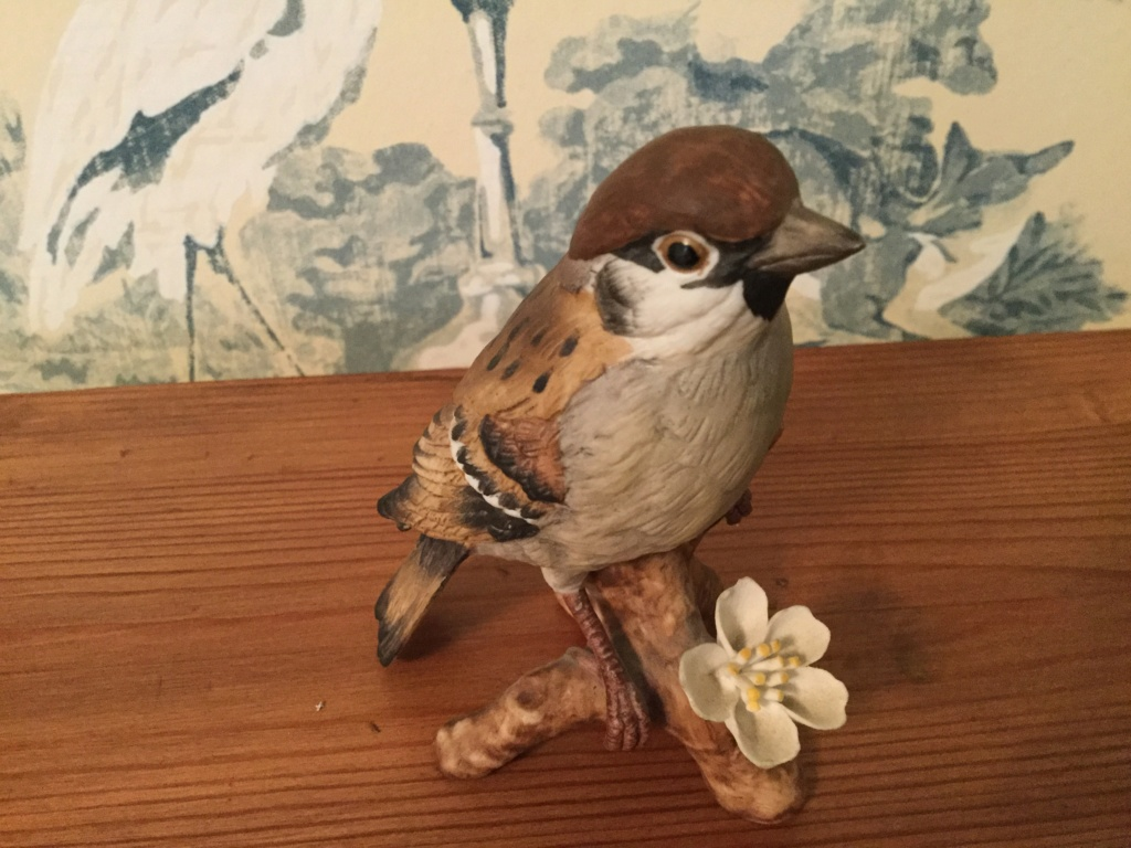 Bisque porcelain bird figure 1f1b0e10