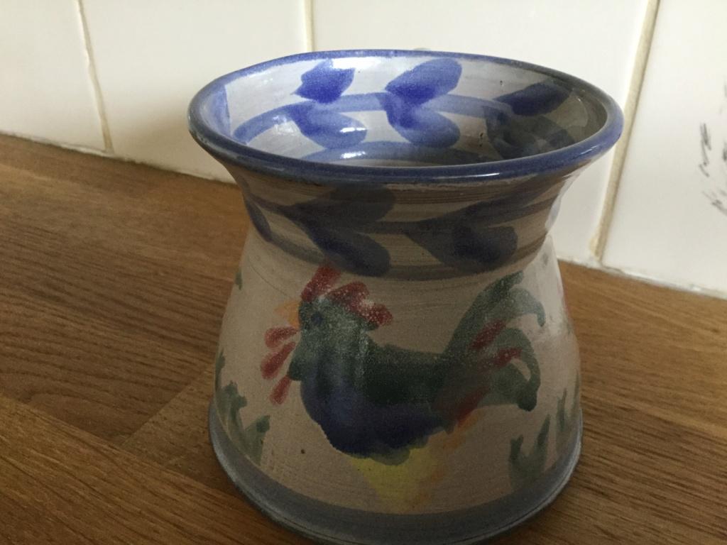 Terracotta chicken glazed mug makers identification query 5d41a010