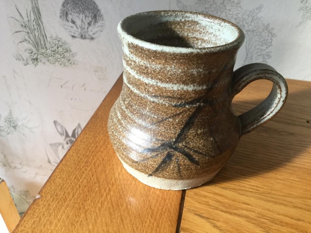 Hand thrown mug with bamboo leaf decoration unidentified mark B0344010