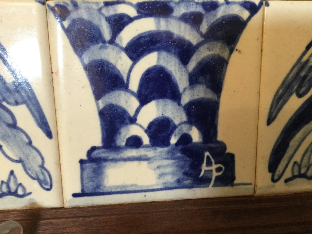 Blue and white tile picture delft? D327a010