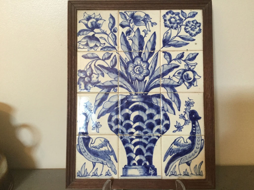 Blue and white tile picture delft? F568c110