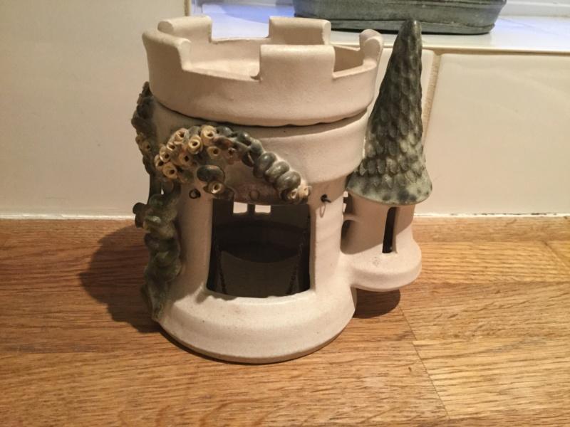 Cute oil burner, painted AS mark - Ann Saward, Cockington Pottery F9af8f10