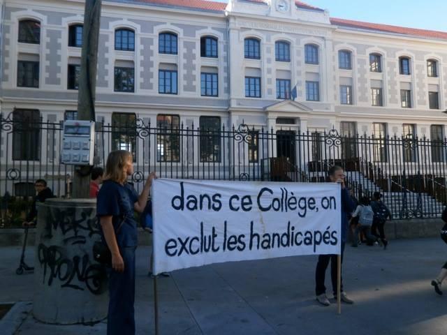 L'éducation et scolarisation Dans-c10