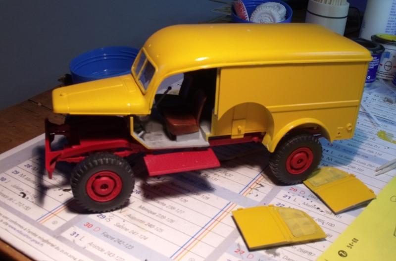 Les Dodge de chez PINDER 1/35 Amb_110