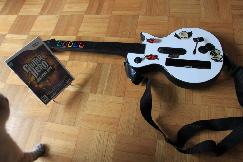 [DONS]Guitar hero wii/ jeu TO7-TO9 Img_4015