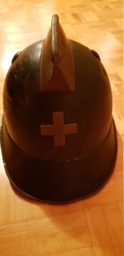 Casque pompier suisse  20200115