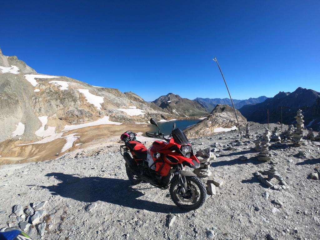 Vos plus belles photos de motos - Page 35 Gopr4012