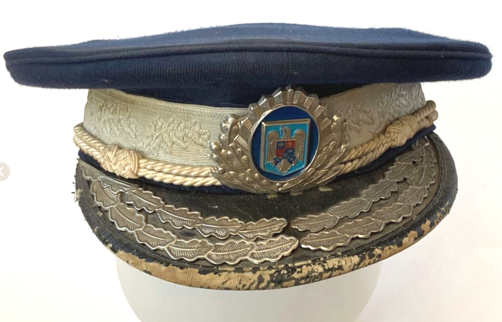 casquette africaine ? Police10