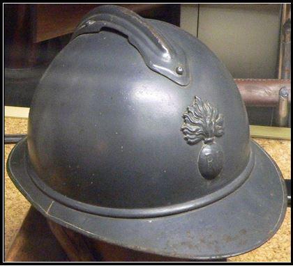 Origine du casque de combat Cc_0310