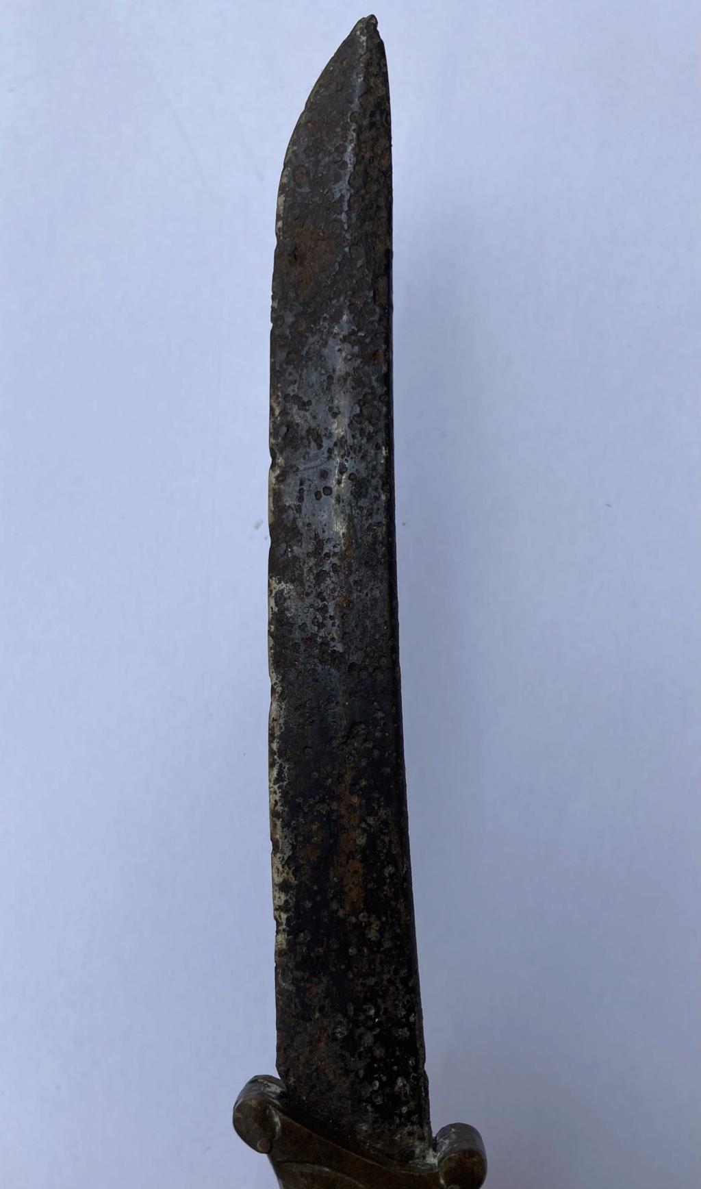 Couteau artisanal  76915110